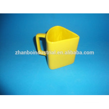 Special shape porcelain mug with yellow color glaze