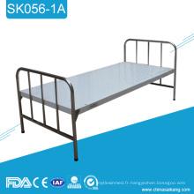 Lit plat d'hôpital médical d'acier inoxydable de SK056-1A bon marché