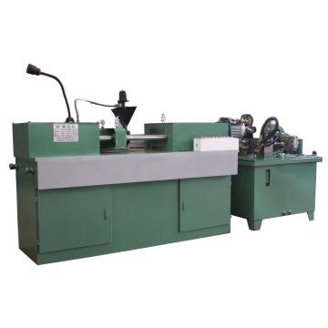 Barre d'acier réduisant le diamètre de la machine