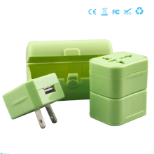 Multifunktions-Reiseadapter mit USB-Anschluss