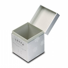 Keren Shiny Silver Paper Candle Box