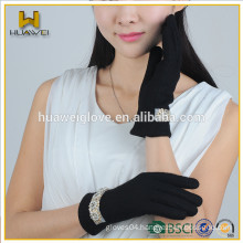 2015 Fashion Black Wool Gloves Winter,Girl'sThick Wool Lined Wool Gloves with a Row of Bright Bead Flower on the Wrist