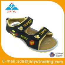 Chaussures stock d'enfants en gros