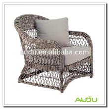 Audu Garden Resin Wicker Elegante cadeira clássica
