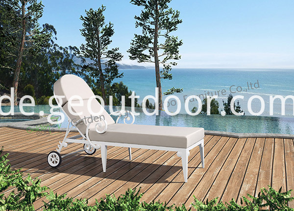 outdoor aluminium chaise lounge chair