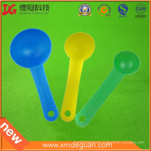 China Food Grade Injection Plastic Ice Cream Spoon