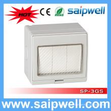 Saip Haute Qualité ip55 étanche 3 Gang 250V 13A interrupteur mural et prise