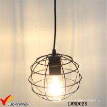 Lámpara colgante de interior rústica de la bola del metal del alambre