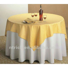 Polyster table cloth and jacquard overlay
