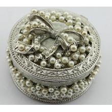 Grade - une boîte à bijoux belle boîte en métal