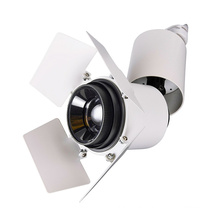 Simple and fashionable fashion shop decoration with track lights focus adjustable led track light