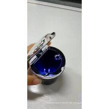 Benutzerdefinierte rauchlose Silber Edelstahl Aschenbecher Outdoor / LED-Licht Auto Aschenbecher