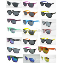 Cheap promotional plastic sunglasses as gift