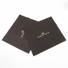 Tissu de nettoyage en microfibres personnalisé avec logo estampé à chaud en relief