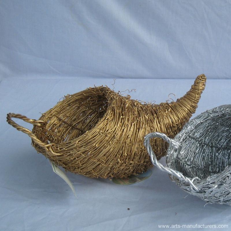 Weaving Rattan Cornucopia Flower Baskets