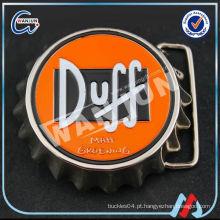 Fivela de cinto em prata estampada personalizada