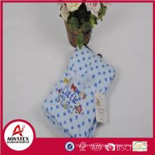 популярные печатные и вышитые коралловые флис вязаный детское одеяло