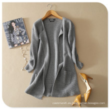 2017 nuevo diseño de chal de cachemira pura tejer chaqueta de punto con la parte inferior redonda y bolsillos para las mujeres