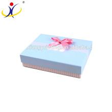 Couleur adaptée aux besoins du client! Boîtes-cadeau vides réutilisées populaires de papier d'arrivée de nouvelle avec diverses tailles