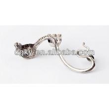 Aleación Vintage Ear Piercing Cobra Ear Clip