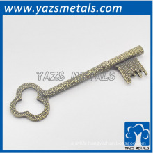 custom made metal retro key shape decoration gadget
