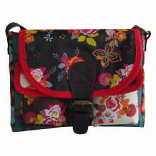 Shoulder Bag, Made of 420D Polyester, Azo-free and Phthalates-free Fabric with Low-toxic Accessories