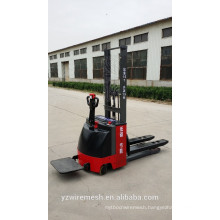 Full electric stacker in forklift manufacturer