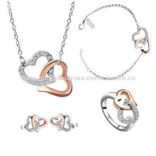Stylish Stainless Steel Jewelry Set with Shiny Diamond Decoration, Suitable for Bride in WeddingNew