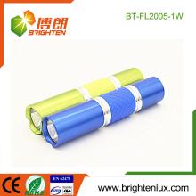 Fabrik Großhandel Günstige Schöne Farben Metall Material Portable 1watt führte Mini-Taschenlampe mit 1AA Trockene Batterie