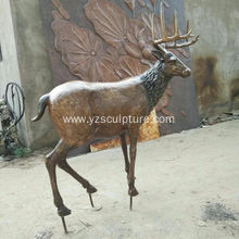Life Size Garden Decorate Deer Sculpture