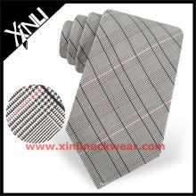 Cravate en soie tissée marron à carreaux tissés pour hommes