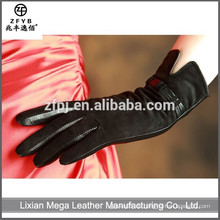 China Großhandelsqualitätsfrauen-Schaf-Veloursleder-Lederhandschuhe