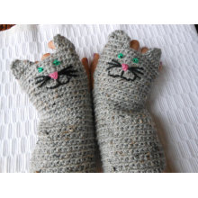 Crochet Fingerless Mittens Gloves Grey Tweed Cat