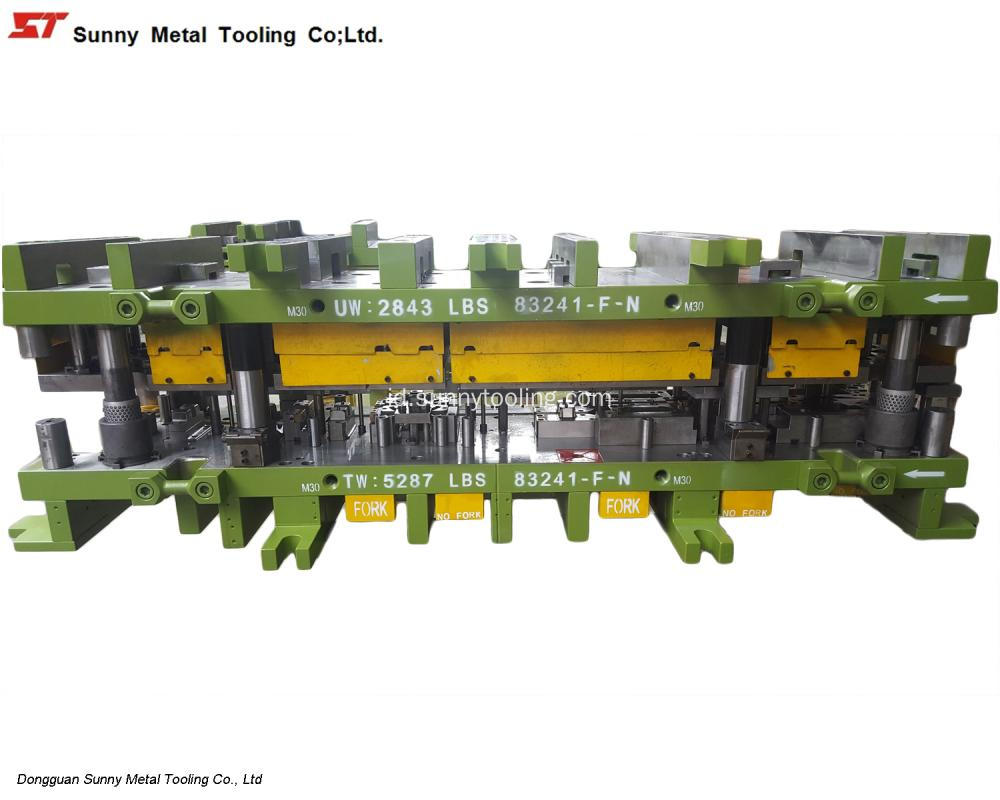 Auto Metal Stamping Mouldings