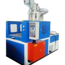 Máquina de injeção para montagem em plástico