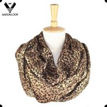 Мода женщин теплый леопард бесконечности шарф