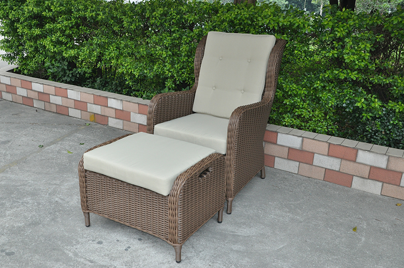 Rattan Chaise Lounger
