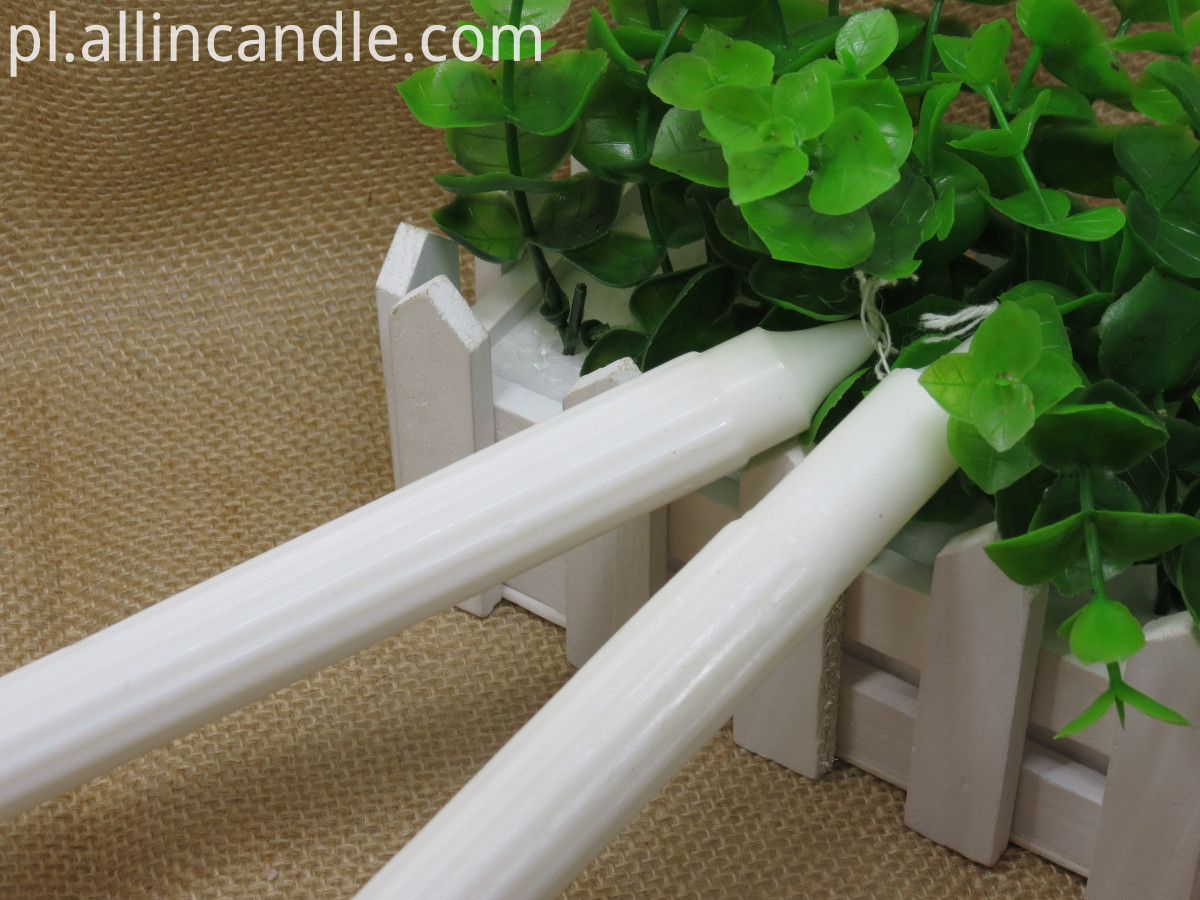 fluted candle (5)