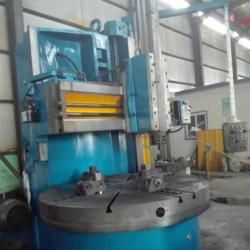 Manual Vertical Turret Lathe
