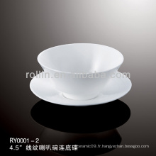 Ensemble de tasse de thé chinoise à base de porcelaine blanche spécial et spécial