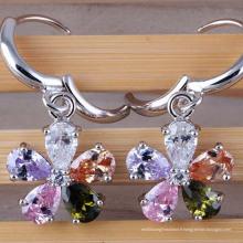 Boucles d'oreilles en argent avec zircon cubique et diamants