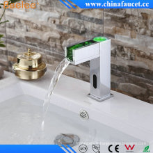 Sophie froid chaud cascade automatique du capteur robinet avec LED