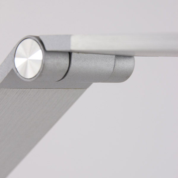 Folding LED floor lamp