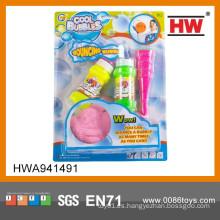 Juguetes divertidos de los juguetes al aire libre de las burbujas de jabón