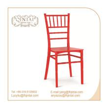 Chaise légère en plastique style bambou chiavari blanche