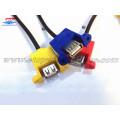 USB 2.0-Kabel zur Panelmontage mit Schraube