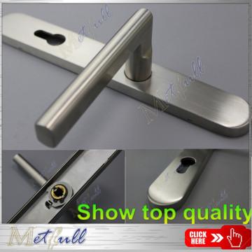 Firm Stainless Steel Door Handle On Plate