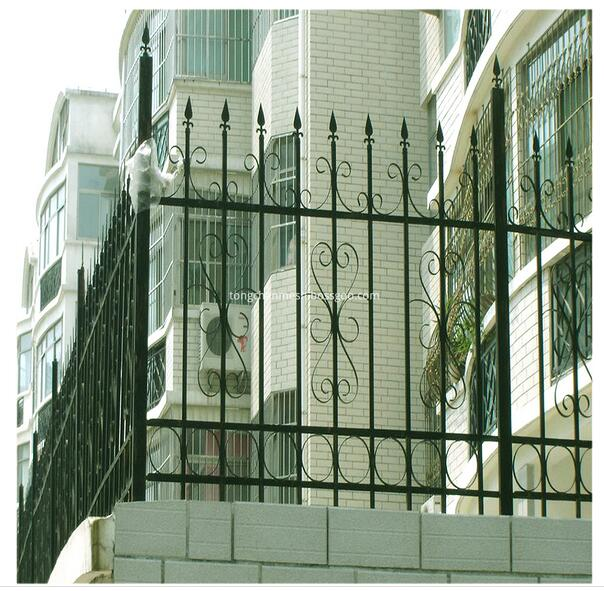 Powdered Coated Art Iron Garden Fencing