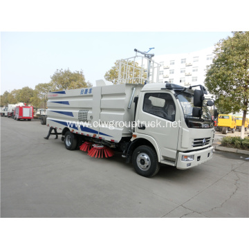 4 brush diesel road dust sweeper cleaner truck