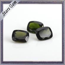 Pedra preciosa clara do diopside precioso natural do verde esmeralda